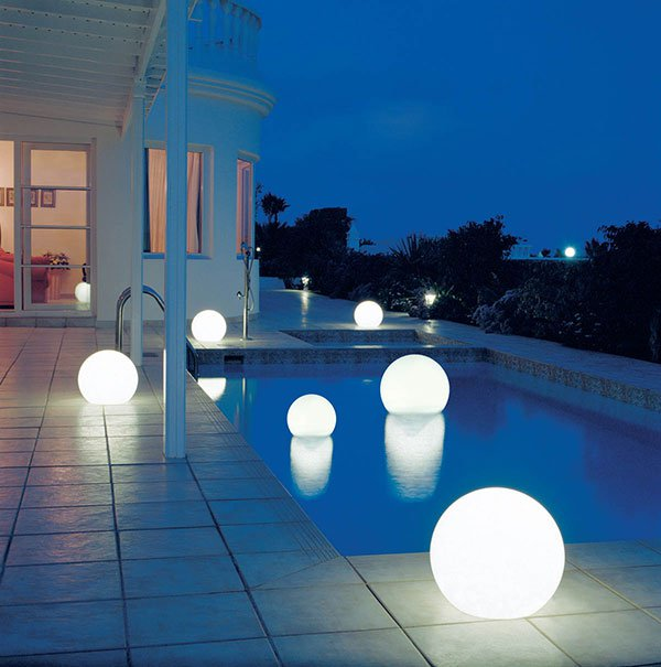 decorative-exterior-outdoor-lighting-design-named-moonlight-1